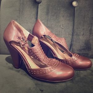 Shoes - T-strap two buckle heels Brown faux leather brass